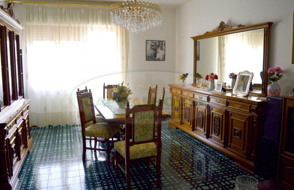 Appartamento in vendita a San Nicola la Strada, 4 locali, prezzo € 150.000 | CambioCasa.it