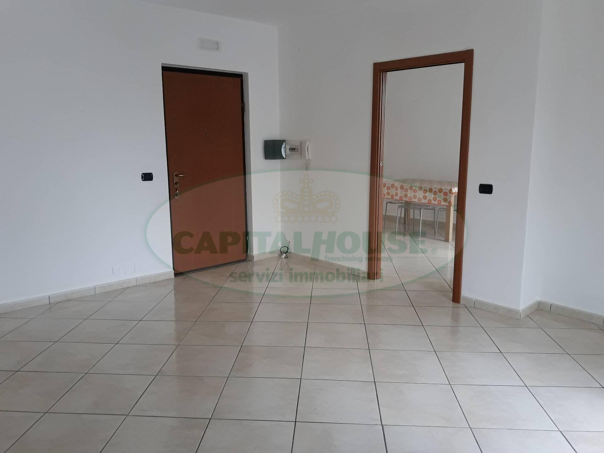 Appartamento in vendita a Macerata Campania, 3 locali, prezzo € 126.000 | CambioCasa.it