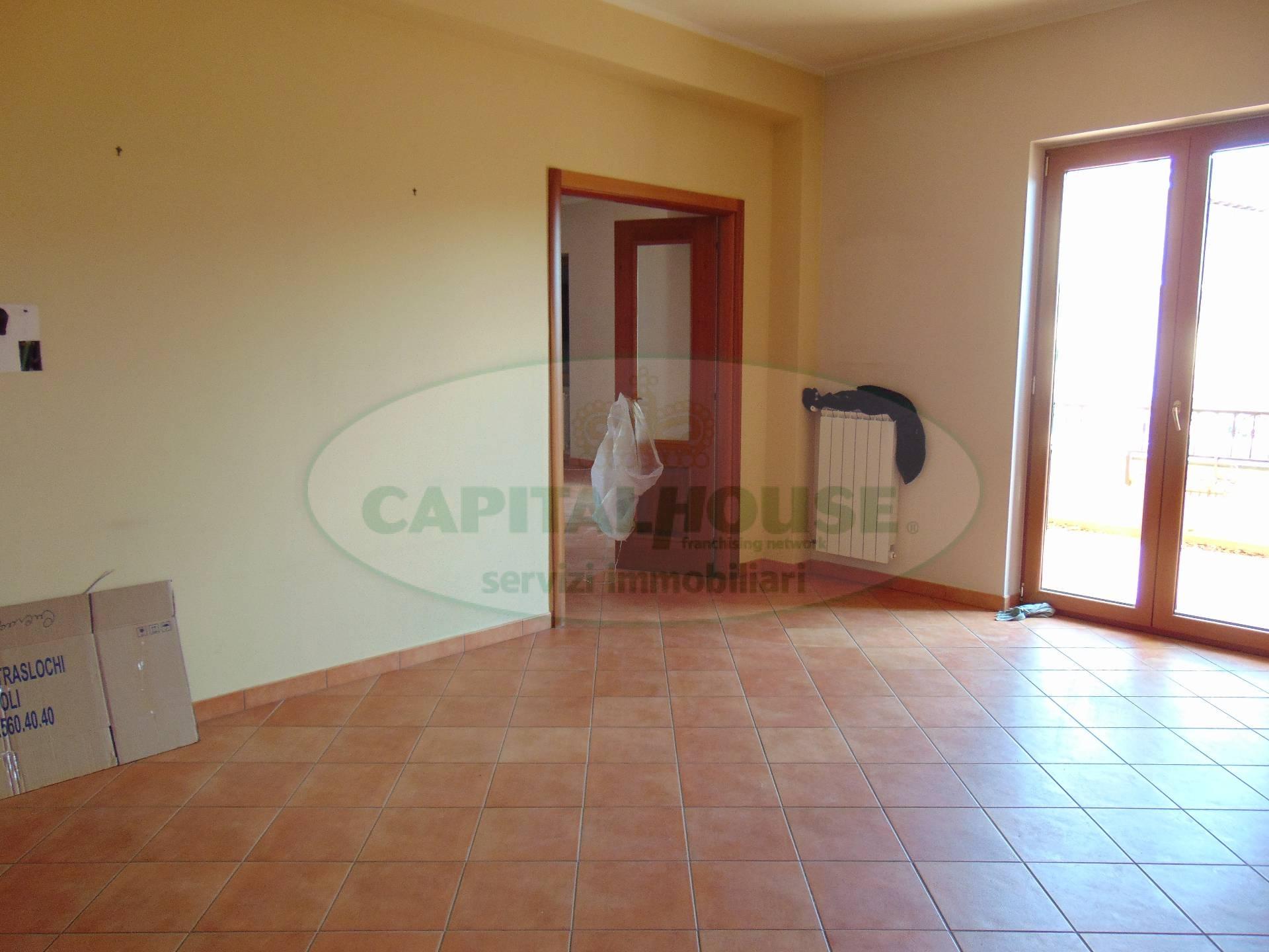 Appartamento in affitto a Avella, 4 locali, prezzo € 600 | CambioCasa.it