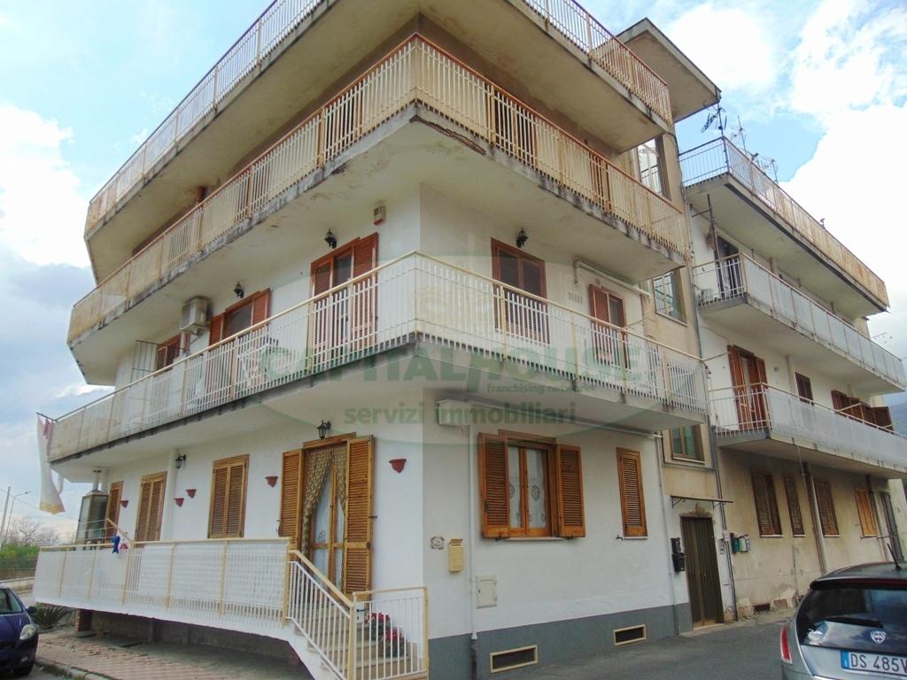 Appartamento in vendita a Mugnano del Cardinale, 2 locali, prezzo € 64.000 | CambioCasa.it