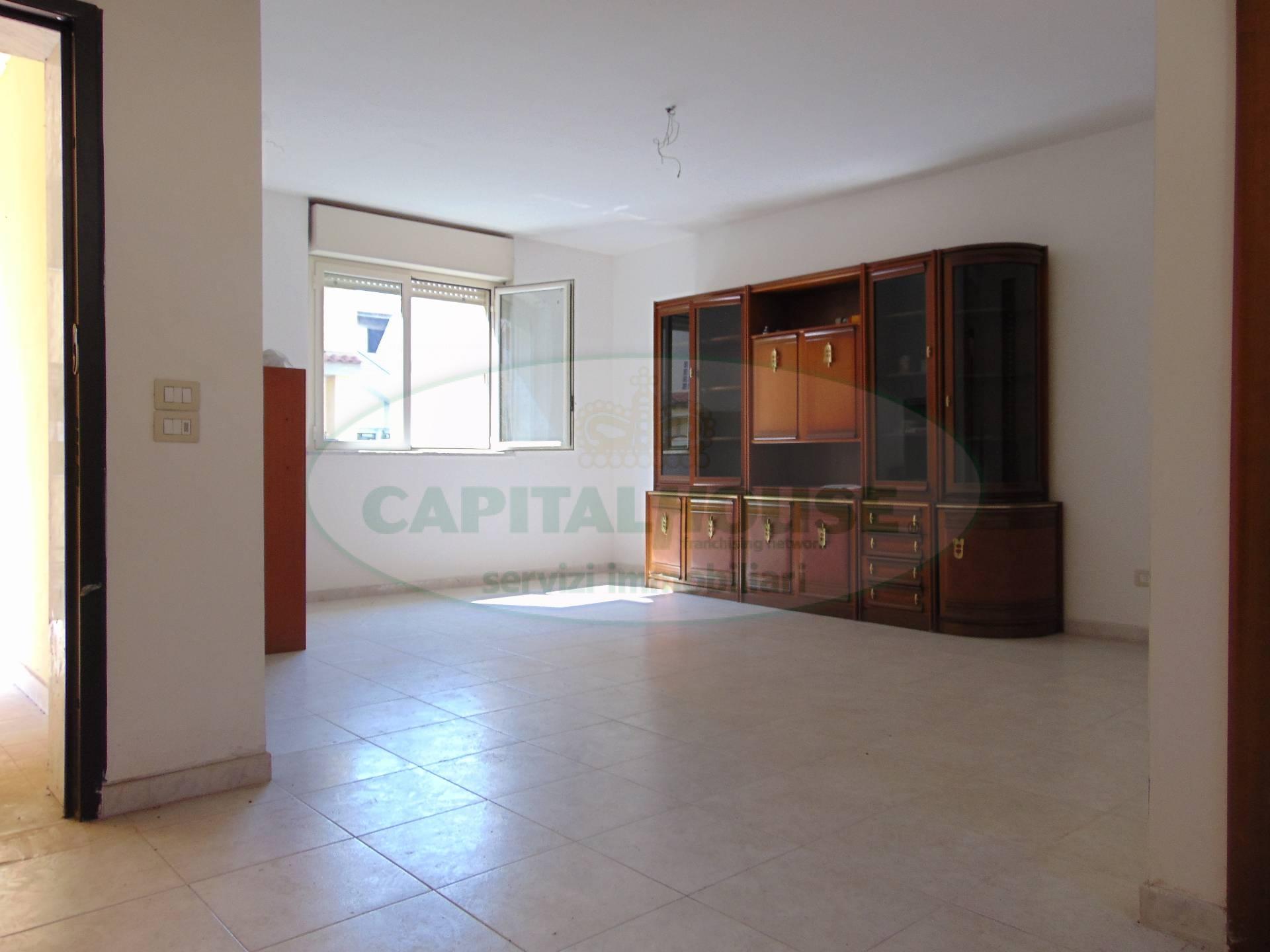 Villa a Schiera in vendita a San Tammaro, 5 locali, prezzo € 180.000 | CambioCasa.it