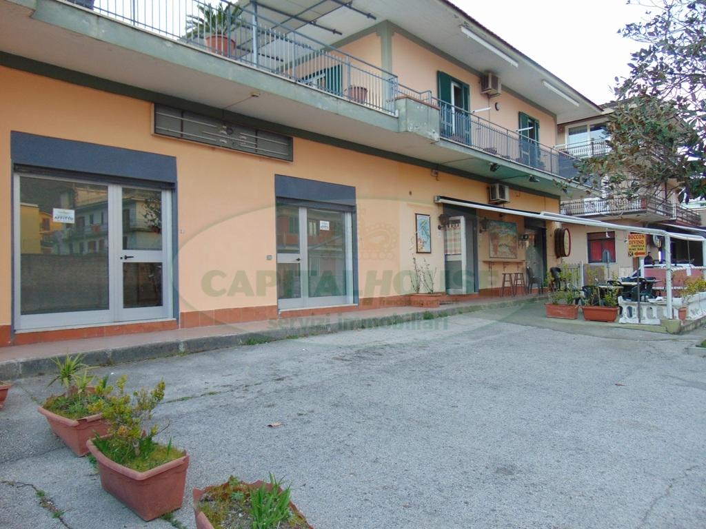 Negozio / Locale in affitto a Baiano, 9999 locali, prezzo € 500 | CambioCasa.it