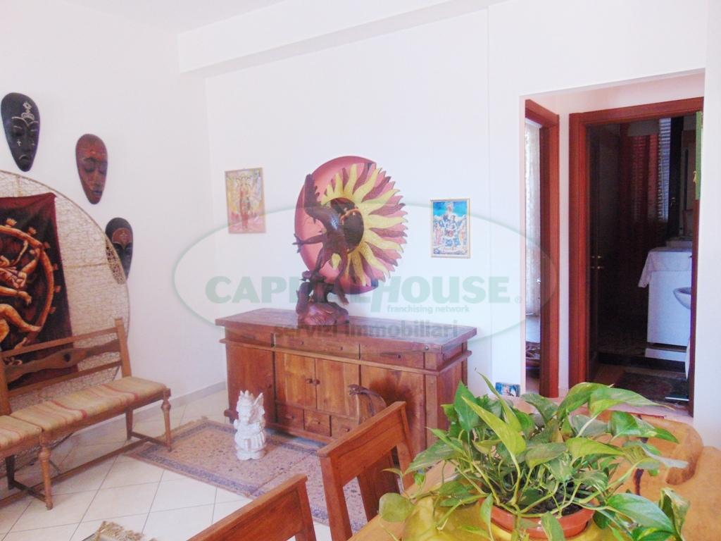 Appartamento in vendita a Sirignano, 3 locali, prezzo € 115.000 | CambioCasa.it