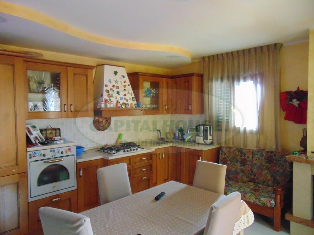 Appartamento in vendita a Mugnano del Cardinale, 3 locali, prezzo € 95.000 | CambioCasa.it
