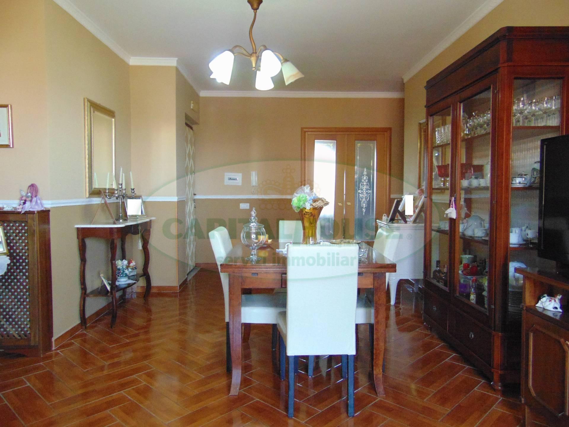 Appartamento in vendita a San Prisco, 4 locali, zona Località: ZonaPiscina, prezzo € 188.000   CambioCasa.it