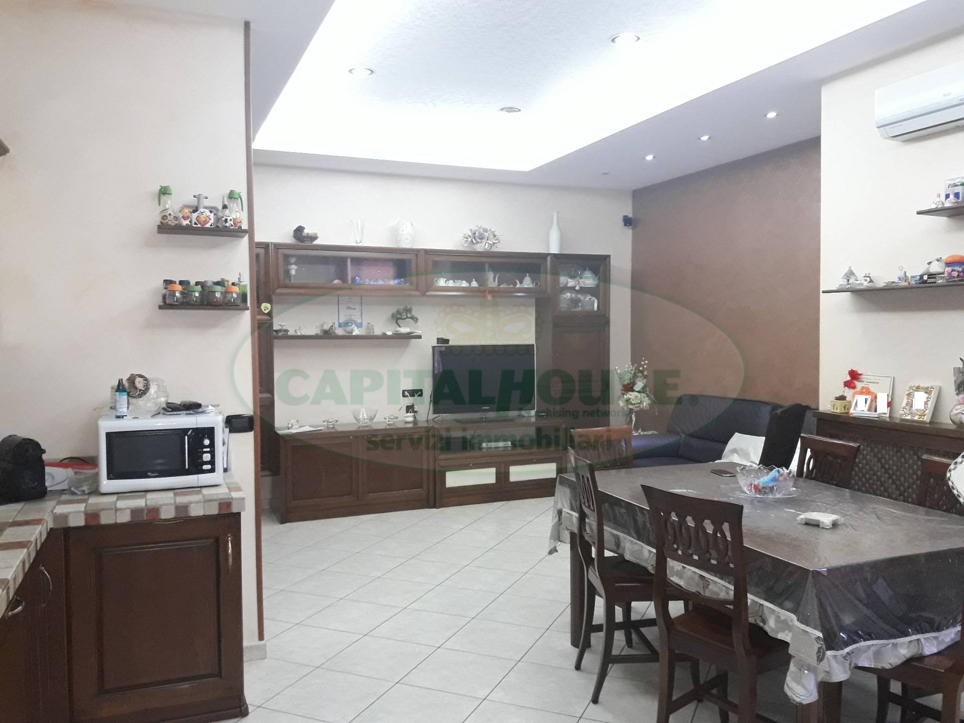 Appartamento in vendita a Recale, 3 locali, prezzo € 129.000 | CambioCasa.it