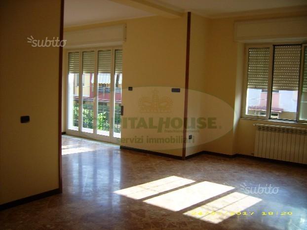 Soluzione Semindipendente in affitto a Recale, 4 locali, prezzo € 550   CambioCasa.it