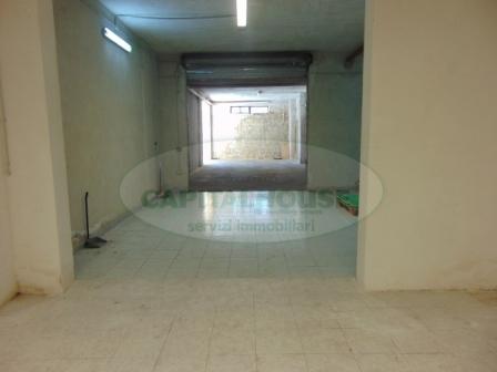 Magazzino in affitto a San Prisco, 9999 locali, zona Località: ZonaViaStellato, prezzo € 300 | CambioCasa.it