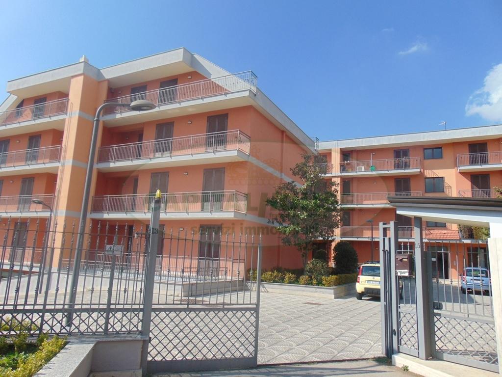 Appartamento in vendita a Sirignano, 4 locali, prezzo € 150.000 | CambioCasa.it