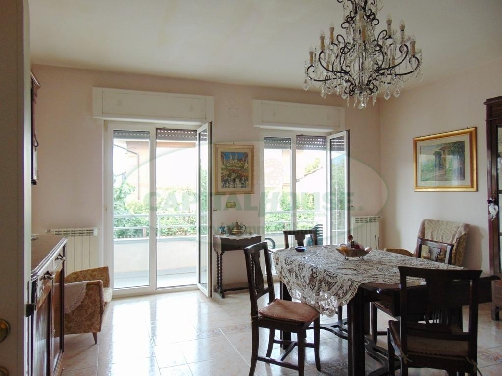 Villa in vendita a Baiano, 9 locali, prezzo € 250.000 | CambioCasa.it