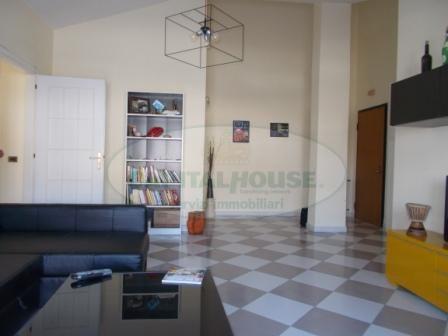 Attico / Mansarda in affitto a Santa Maria Capua Vetere, 2 locali, zona Località: Zonanuova, prezzo € 400   CambioCasa.it
