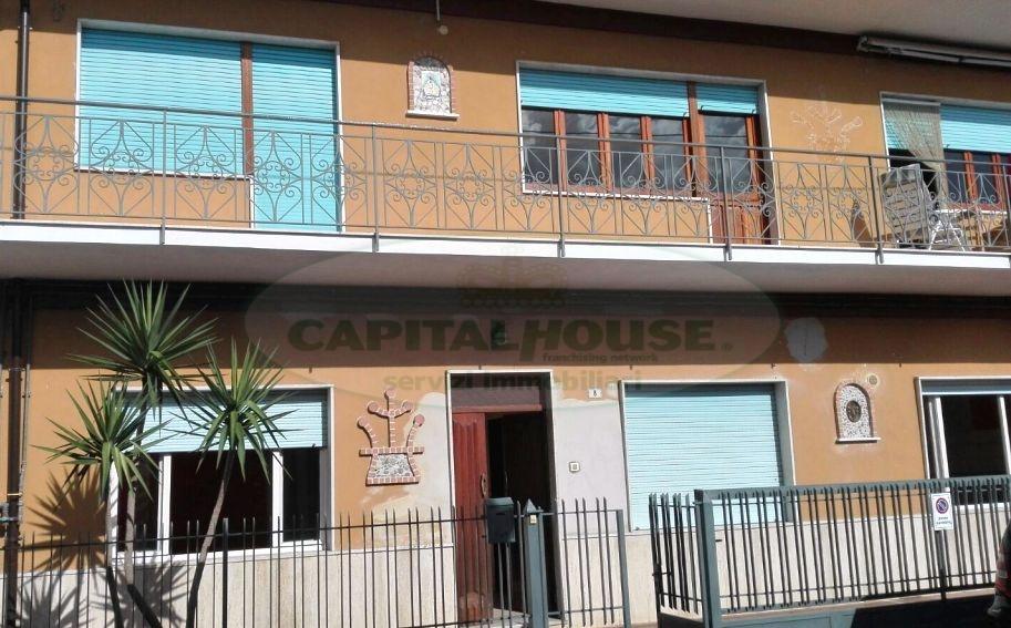 Appartamento in vendita a Mugnano del Cardinale, 5 locali, prezzo € 145.000   CambioCasa.it