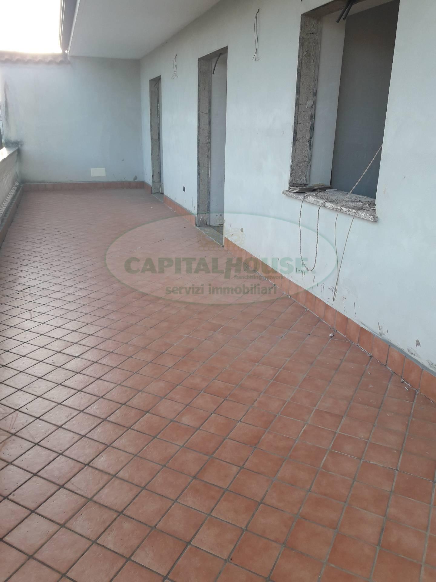 Appartamento in vendita a Portico di Caserta, 4 locali, prezzo € 130.000 | CambioCasa.it