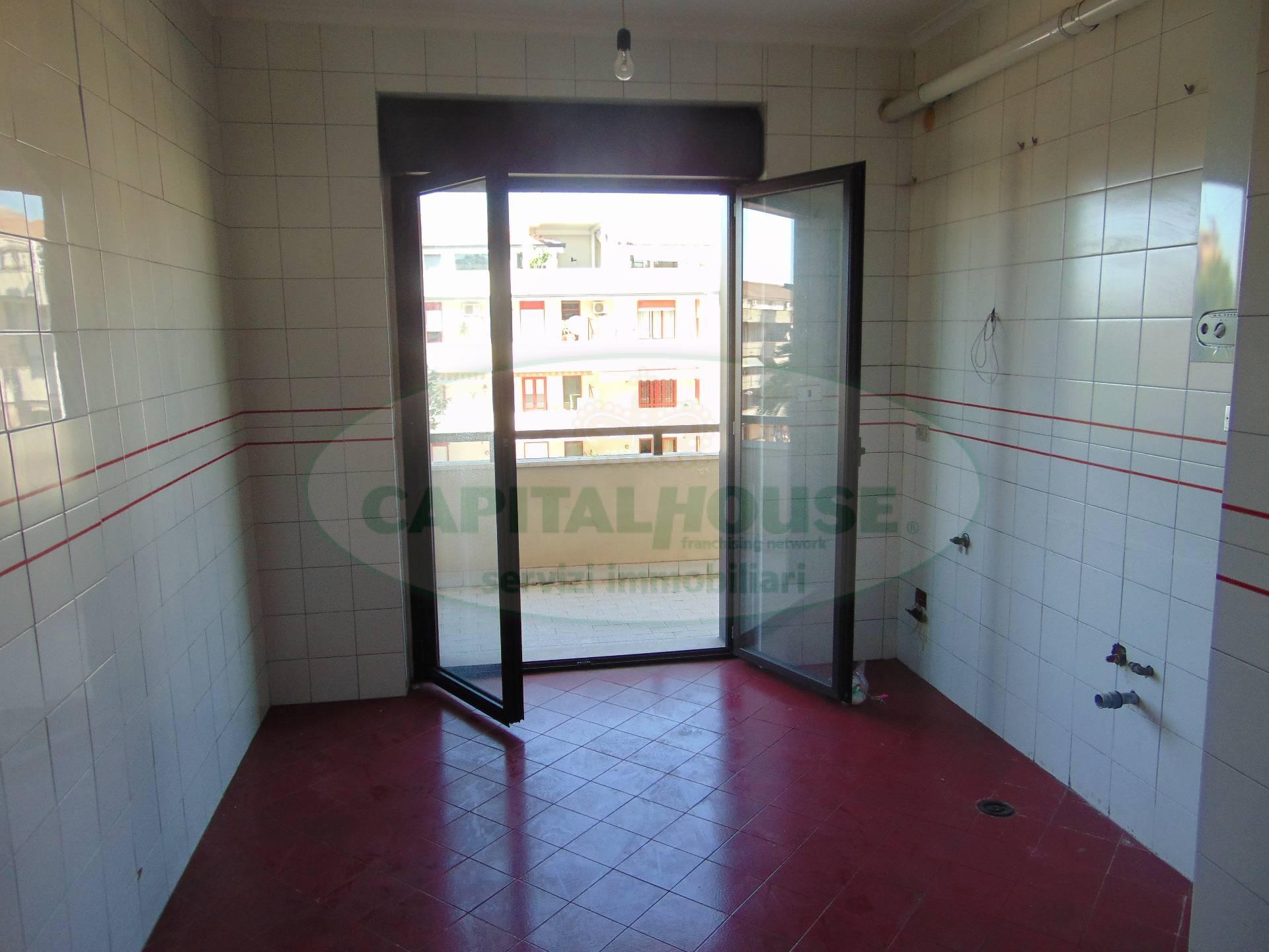 Appartamento in vendita a Santa Maria Capua Vetere, 3 locali, zona Località: Zonanuova, prezzo € 139.000 | CambioCasa.it