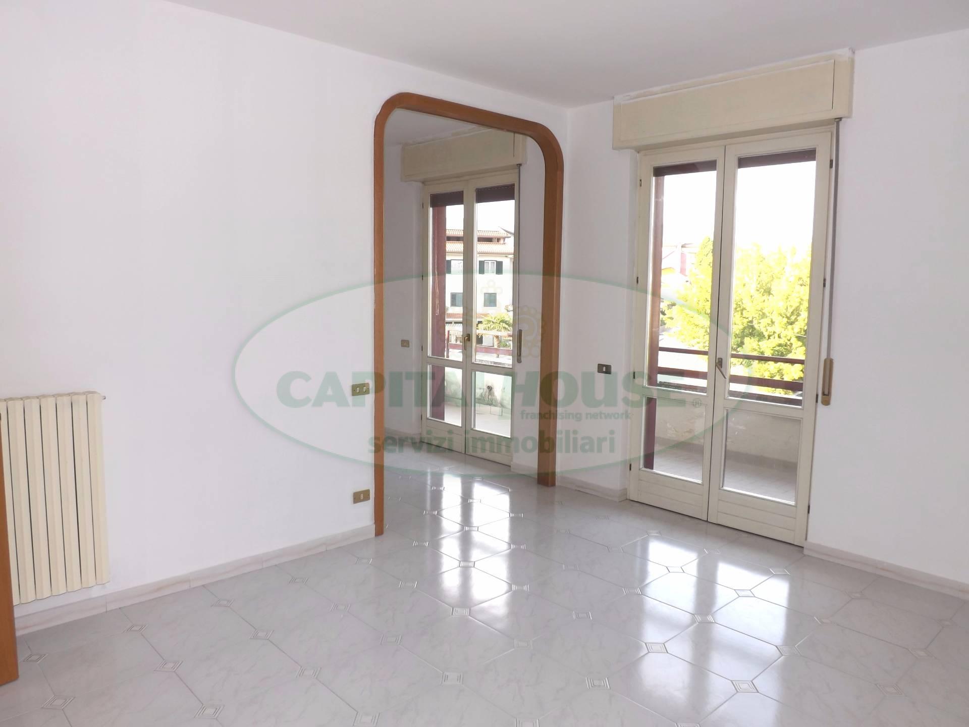 Appartamento in affitto a Prata di Principato Ultra, 3 locali, prezzo € 350 | CambioCasa.it