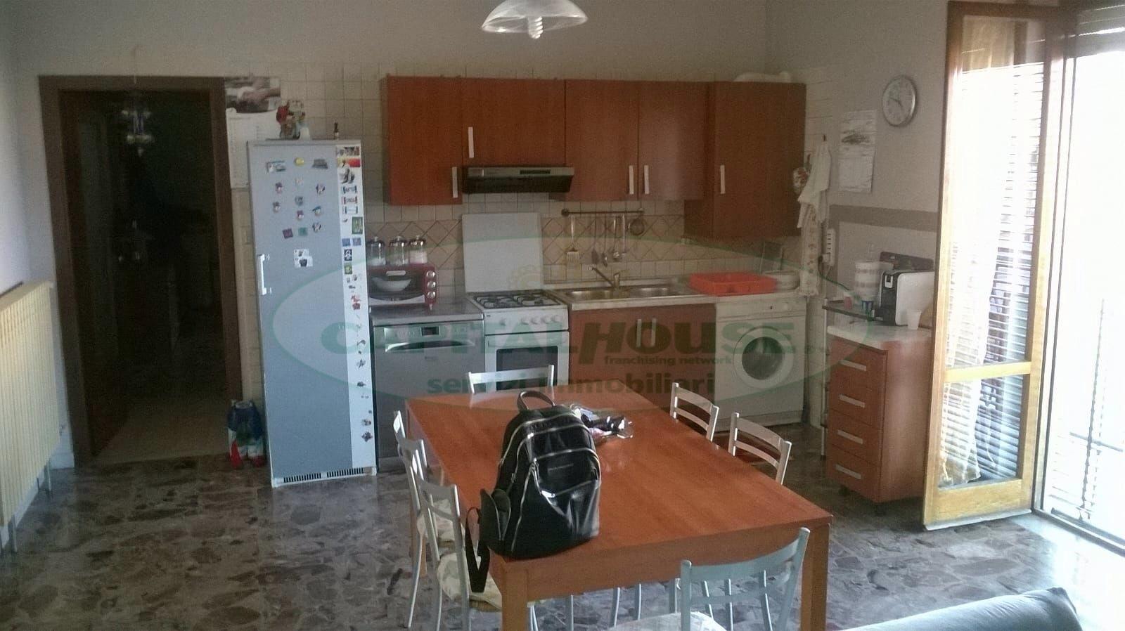 Appartamento in affitto a Santa Maria Capua Vetere, 2 locali, prezzo € 400   CambioCasa.it