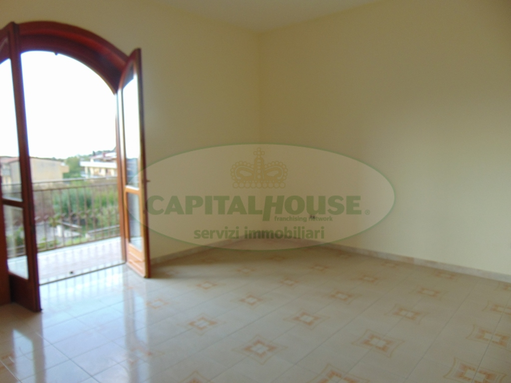 Appartamento in affitto a Sirignano, 3 locali, prezzo € 350 | CambioCasa.it