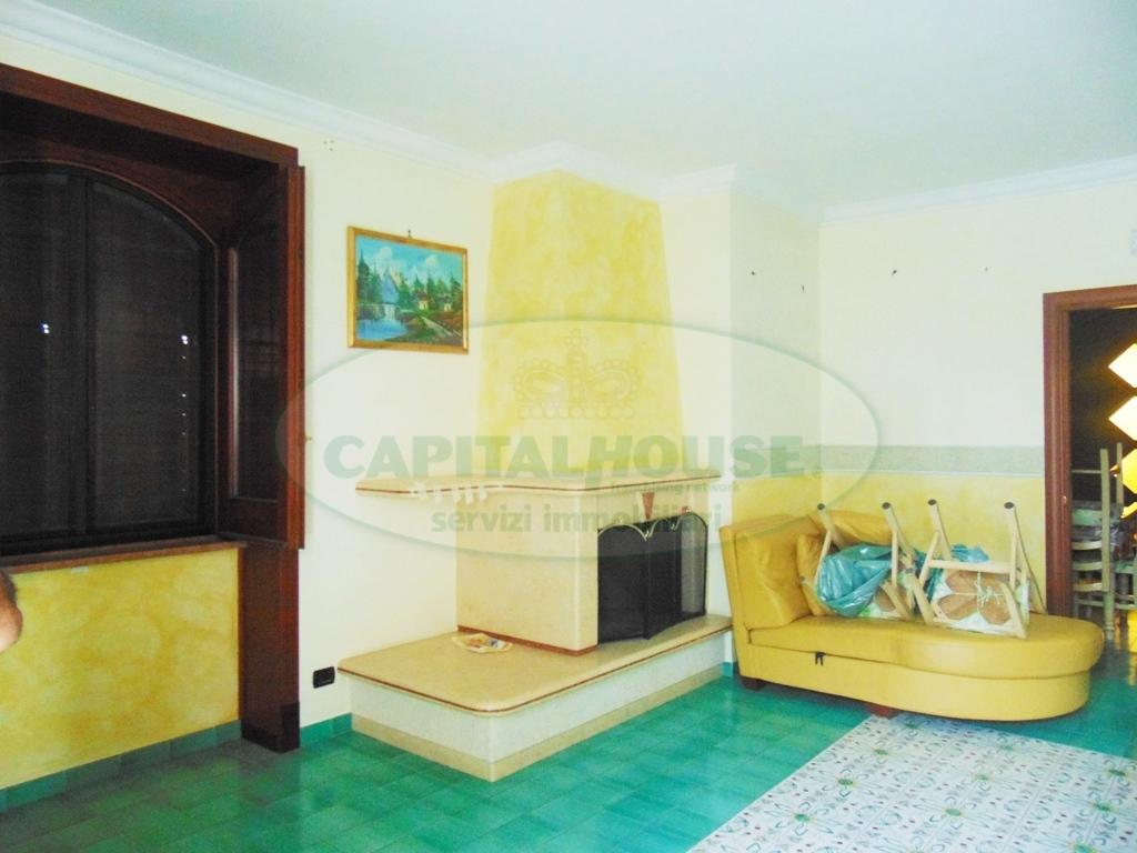 Appartamento in affitto a Sirignano, 3 locali, prezzo € 650 | CambioCasa.it