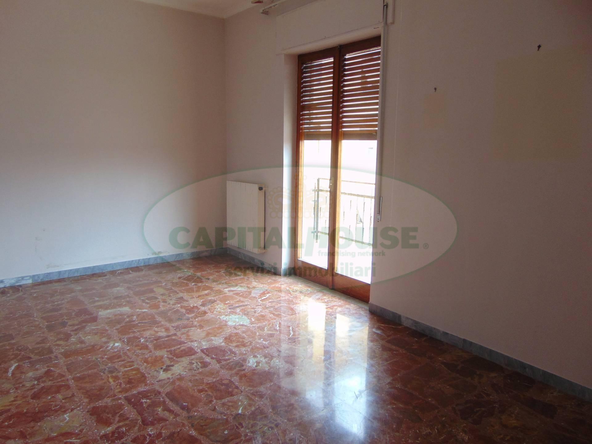 Appartamento in affitto a Santa Maria Capua Vetere, 3 locali, prezzo € 330   CambioCasa.it