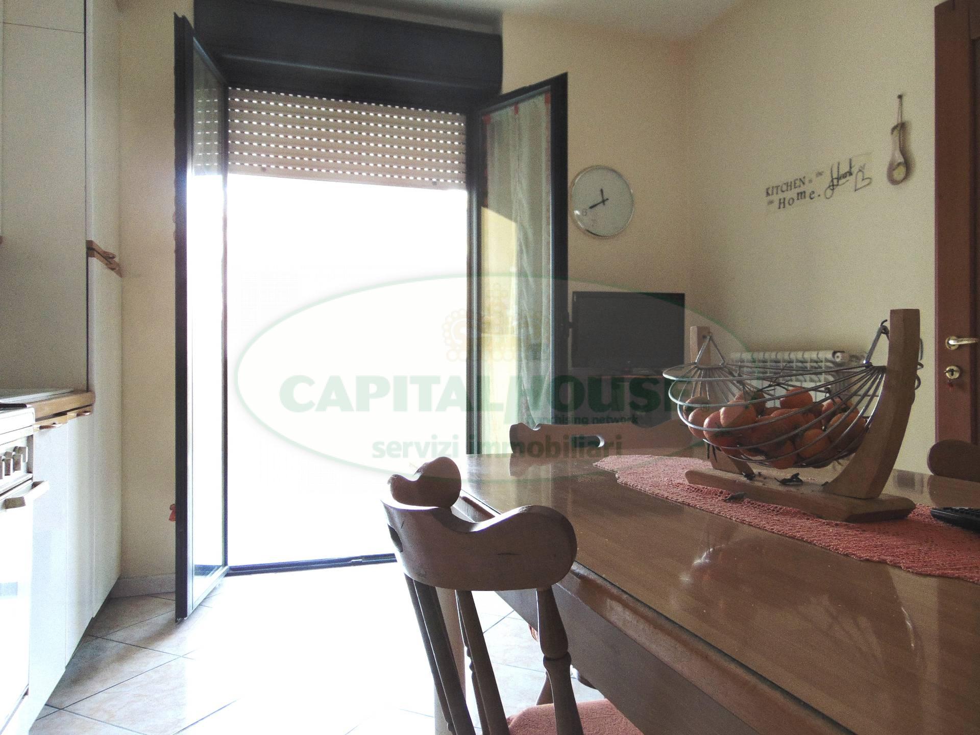 Appartamento in vendita a San Prisco, 4 locali, zona Località: ZonaPiscina, prezzo € 157.000   CambioCasa.it