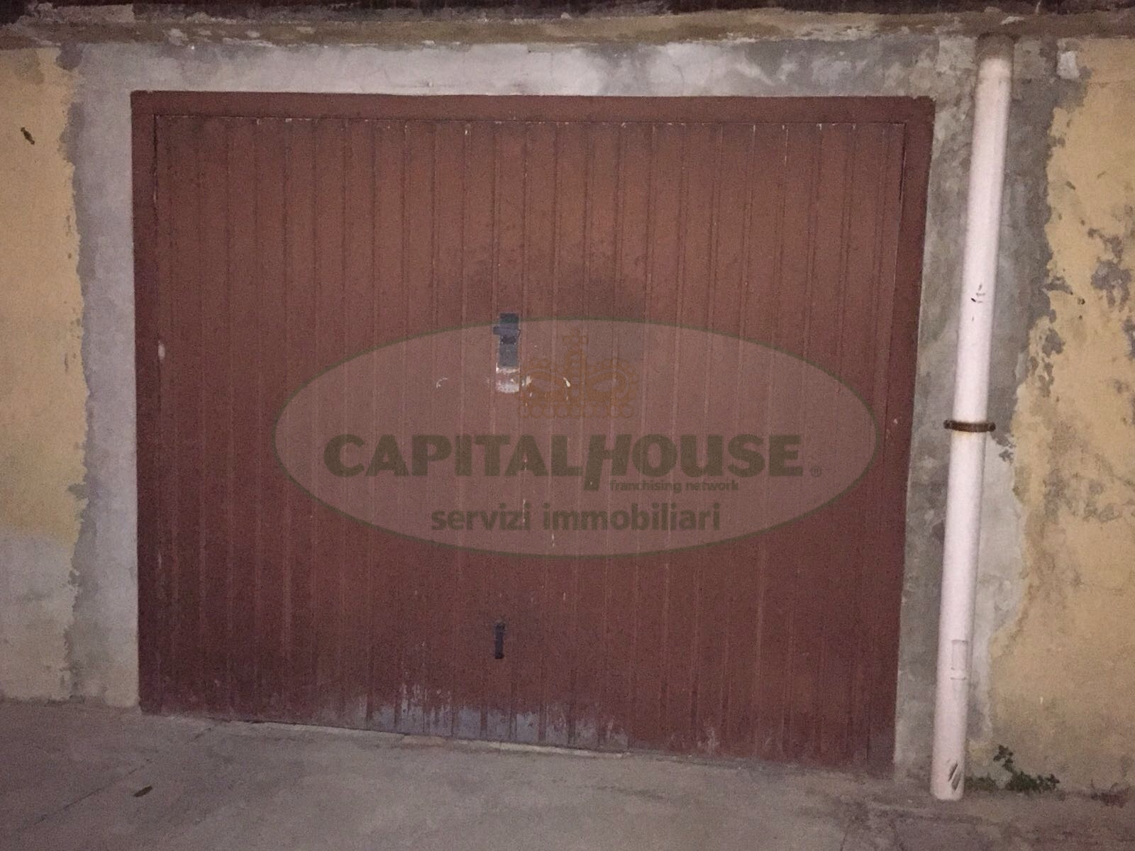 Box / Garage in vendita a Santa Maria Capua Vetere, 9999 locali, zona Località: ZonaCorso, prezzo € 8.000 | CambioCasa.it
