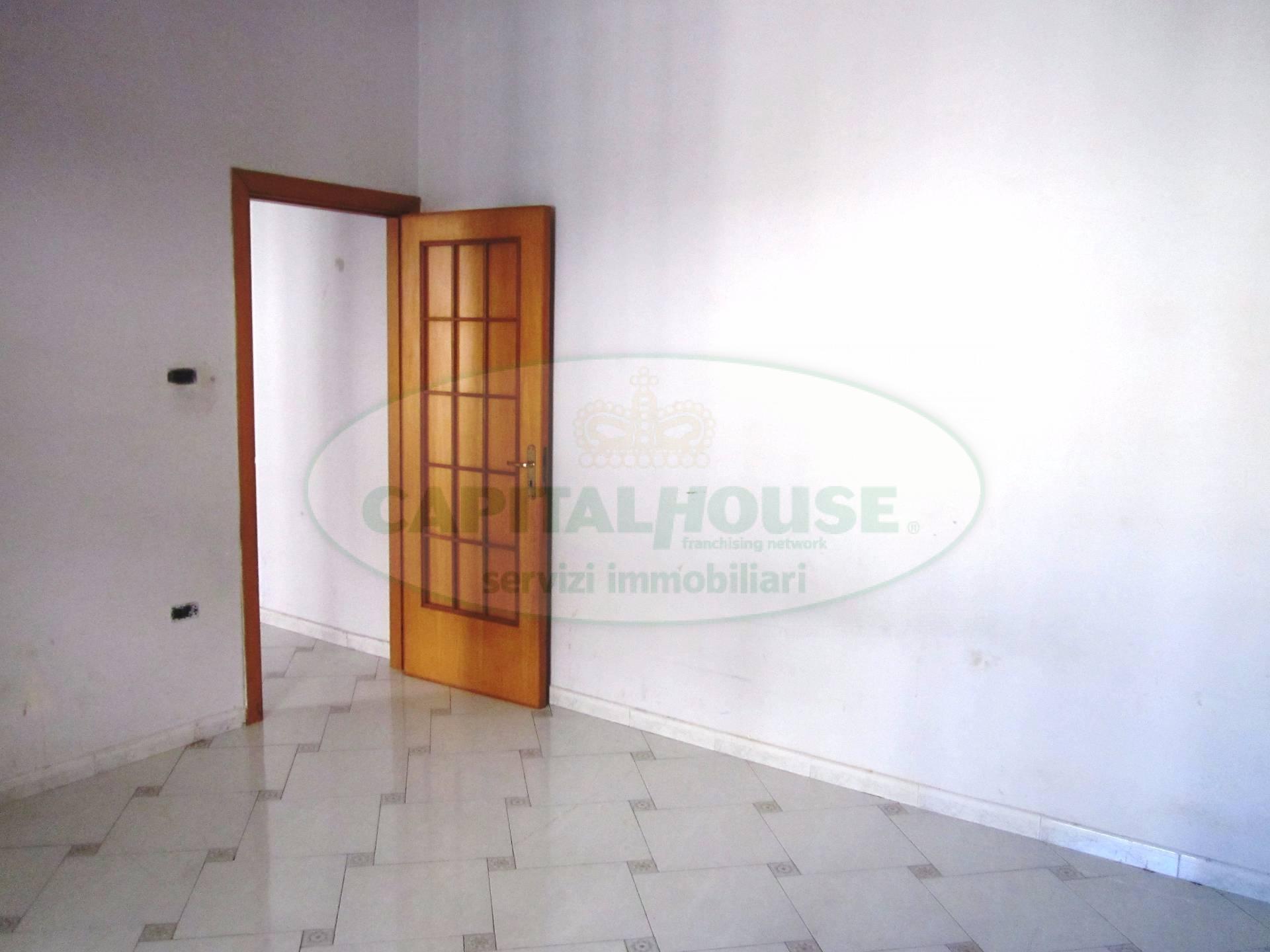 Appartamento in vendita a San Nicola la Strada, 2 locali, zona Località: CentroMunicipio, prezzo € 38.000 | CambioCasa.it