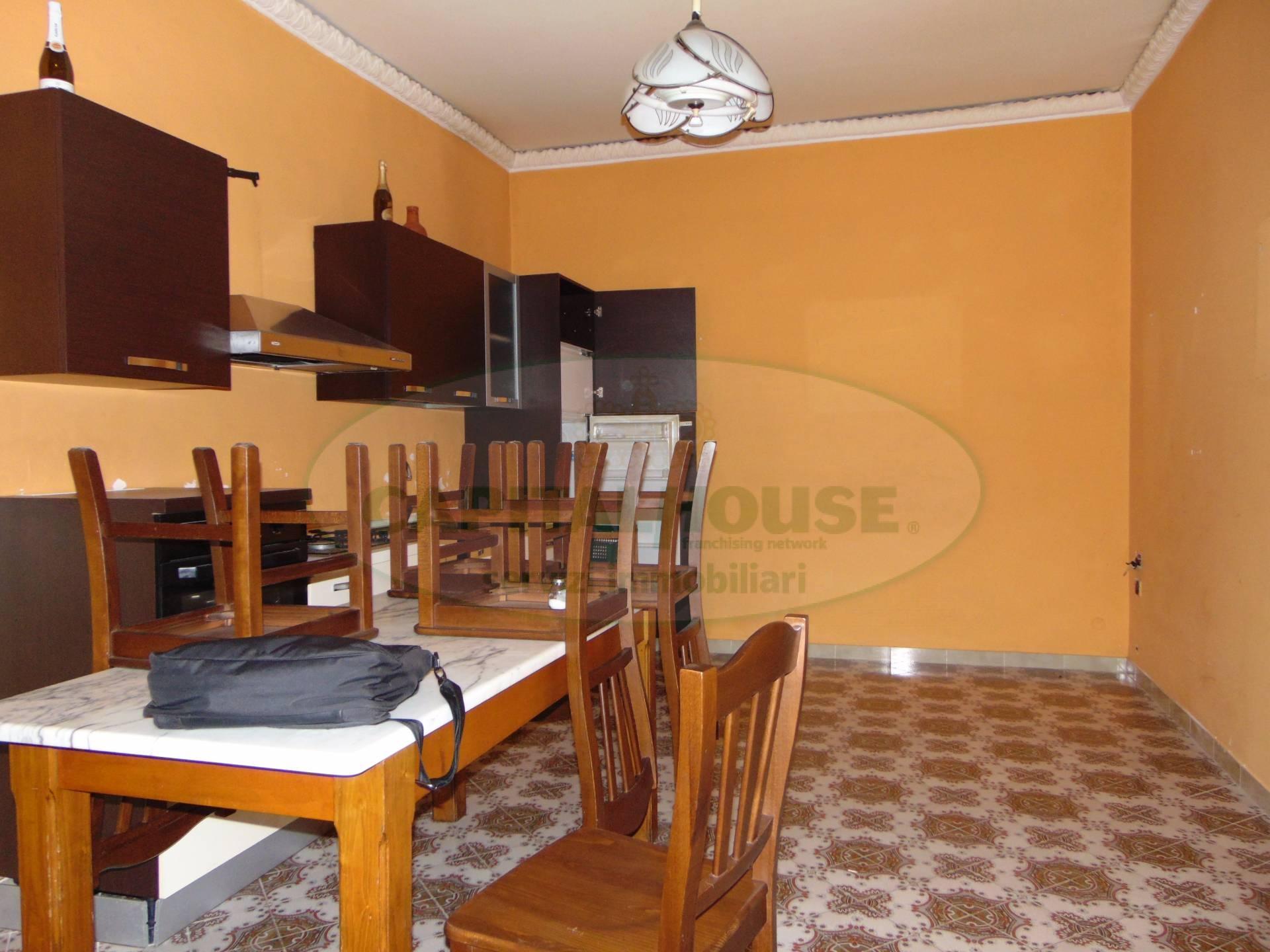 Appartamento in affitto a Curti, 2 locali, prezzo € 300 | CambioCasa.it