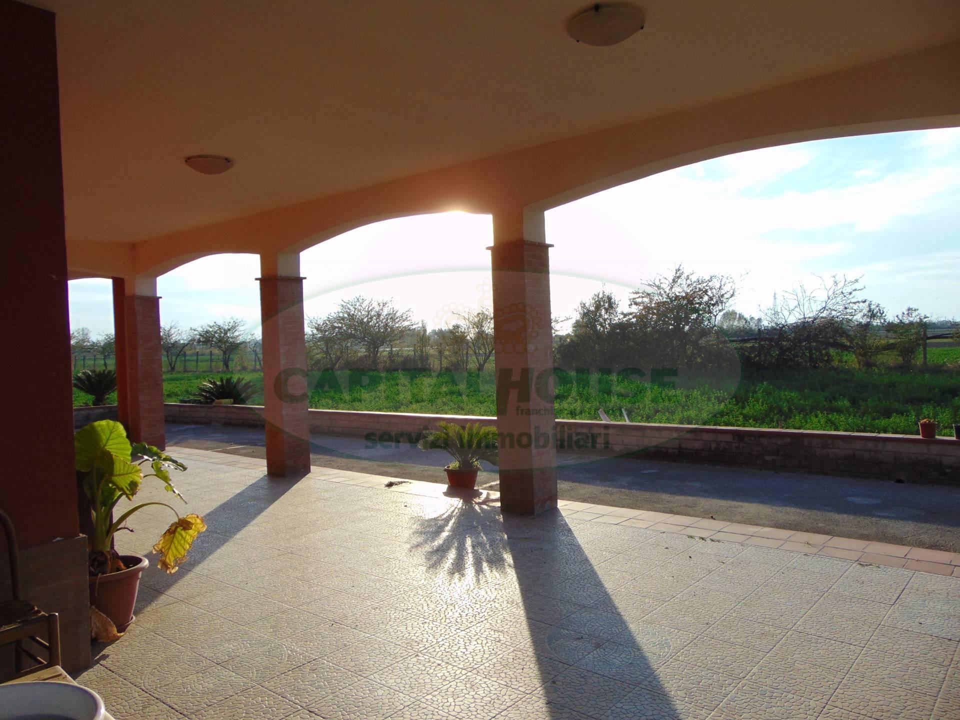 Rustico / Casale in Affitto a San Tammaro