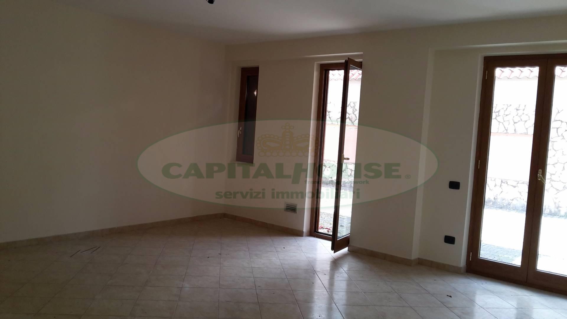 Appartamento in affitto a Mercogliano, 3 locali, prezzo € 550 | CambioCasa.it