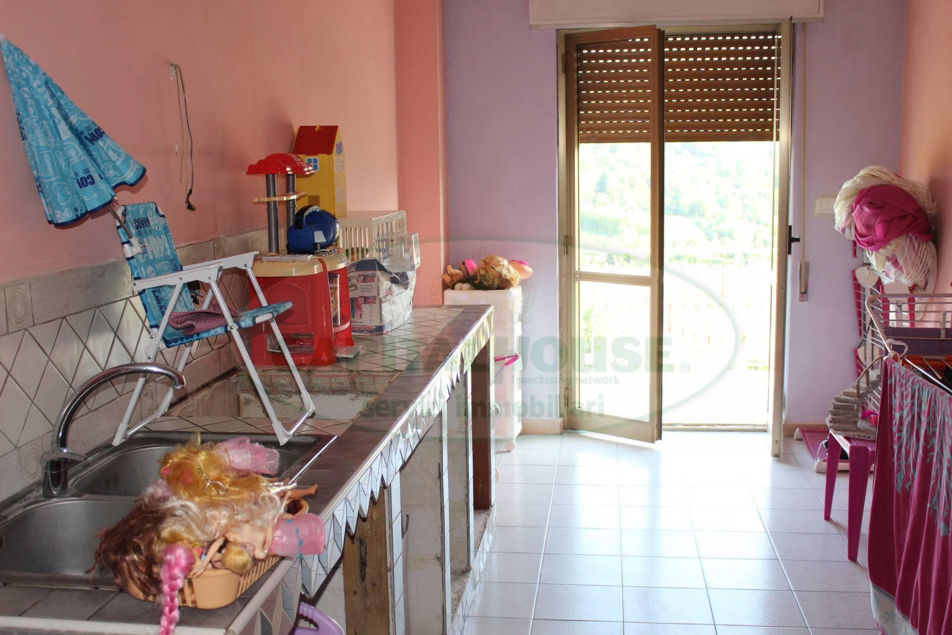 Villa in Vendita a Altavilla Irpina: 5 locali, 15 mq - Foto 7