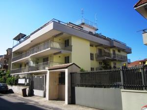 Vai alla scheda: Appartamento Affitto - San Nicola la Strada (CE) | L.Da Vinci - Rif. 1990