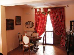 Vai alla scheda: Appartamento Affitto - Mugnano del Cardinale (AV) - Rif. 2213