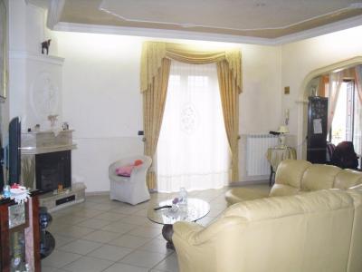 Vai alla scheda: Appartamento Vendita - Cimitile (NA) - Rif. 7965