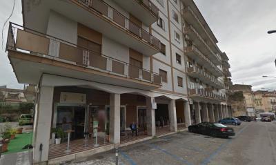 Vai alla scheda: Appartamento Vendita - Santa Maria Capua Vetere (CE) | Zona Tribunale - Rif. 958/2011