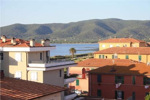 Attico / Mansarda in vendita a Orbetello, 4 locali, zona Località: loc.Neghelli, prezzo € 360.000 | Cambio Casa.it