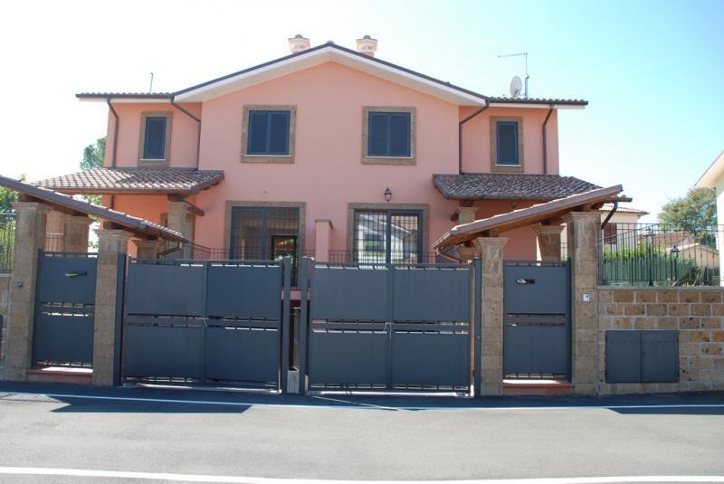 Villa in vendita a Civita Castellana, 6 locali, Trattative riservate | CambioCasa.it