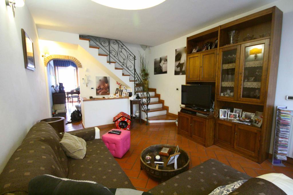 Appartamento in vendita a Capalbio, 5 locali, zona Zona: Torba, prezzo € 270.000   Cambio Casa.it