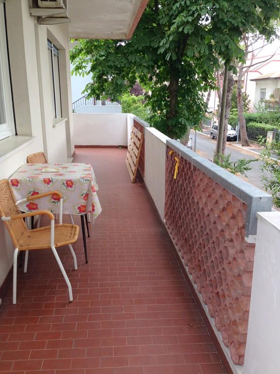 Appartamento in affitto a Riccione, 3 locali, zona Località: PAESE, prezzo € 7.000 | CambioCasa.it