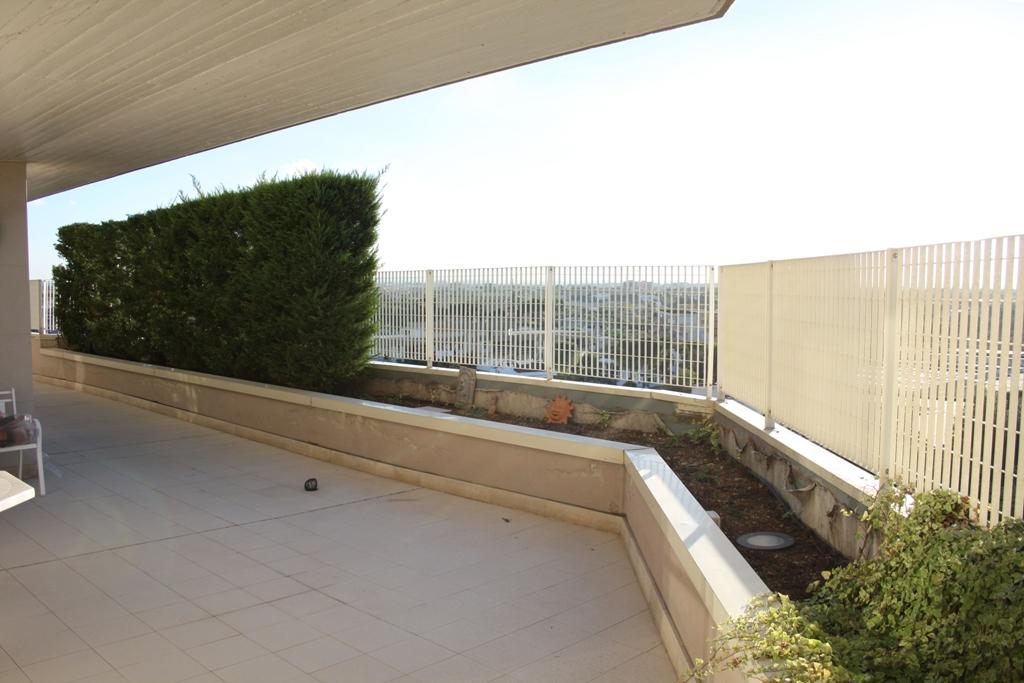 Bilocale Bari Via Fanelli 10