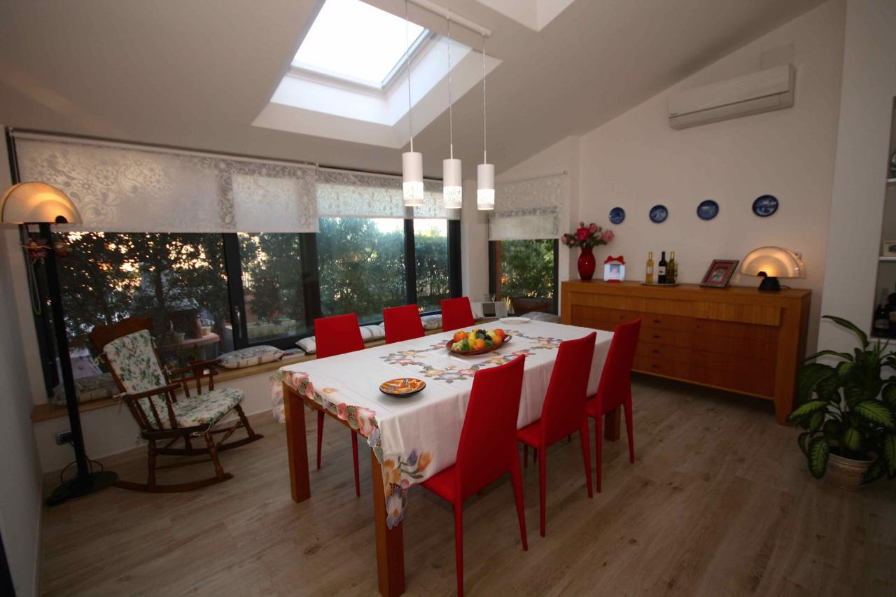 Villa in vendita a Orbetello, 12 locali, zona Località: loc.Neghelli, prezzo € 980.000 | Cambio Casa.it