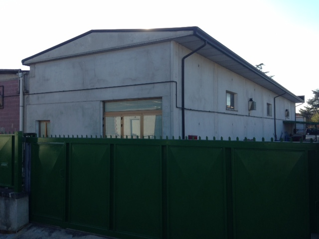 Capannone in vendita a Bastia Umbra, 9999 locali, prezzo € 235.000   Cambio Casa.it