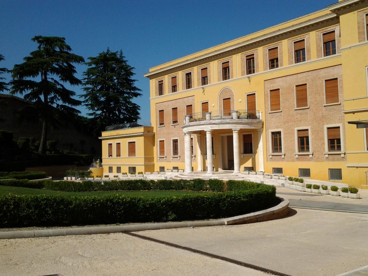 Palazzo / Stabile in vendita a Siena, 99 locali, zona Località: Centrostorico, Trattative riservate | Cambio Casa.it
