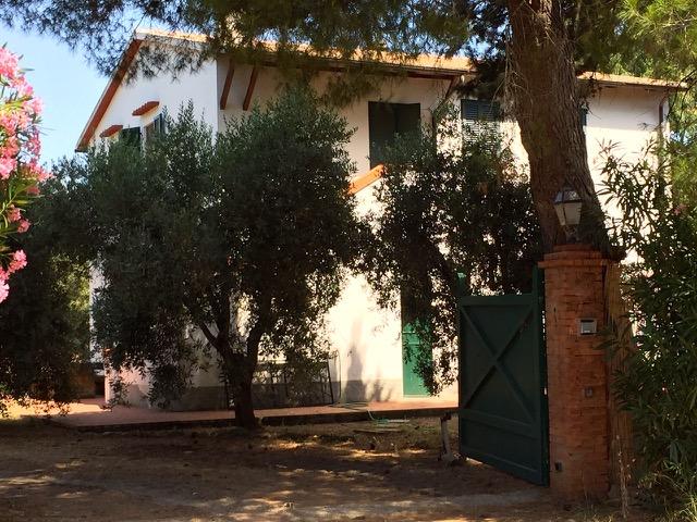 Rustico / Casale in vendita a Capalbio, 8 locali, prezzo € 990.000 | Cambio Casa.it