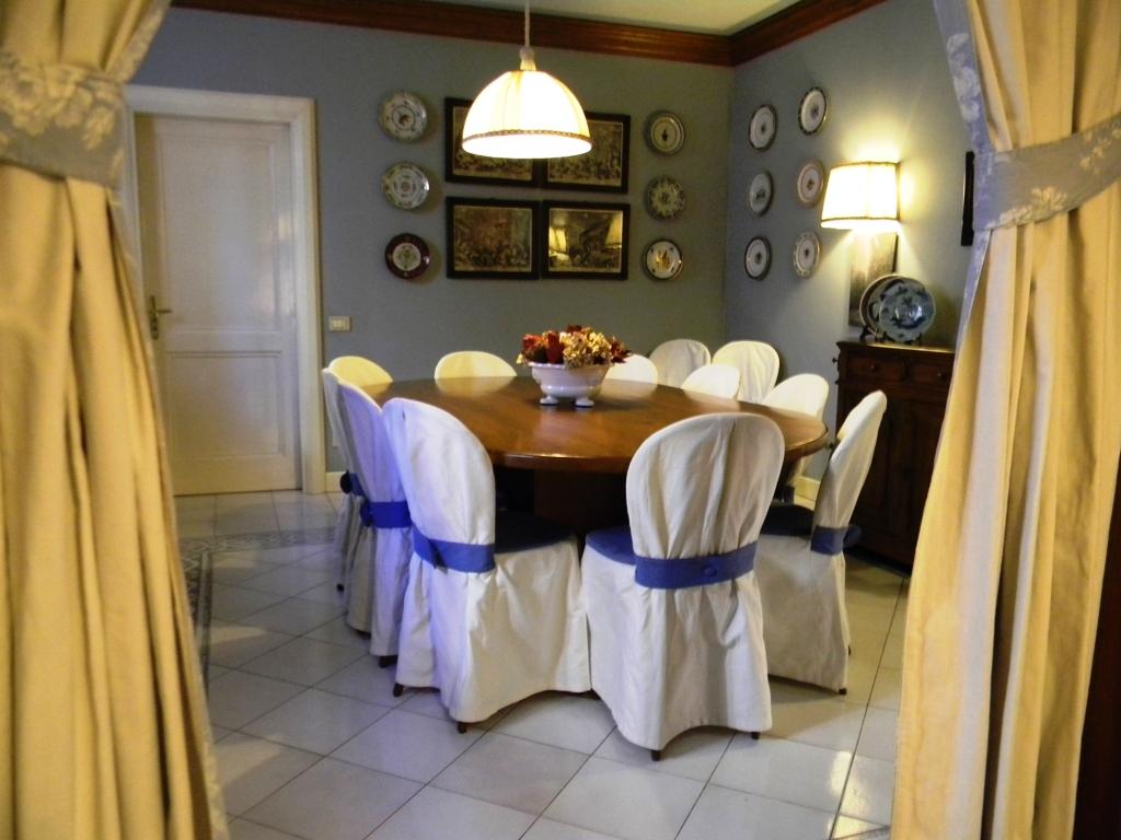 Villa in vendita a Brescia, 13 locali, zona Località: HinterlandNord, Trattative riservate   CambioCasa.it