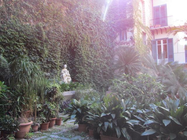Bilocale Palermo Via Dell'incoronazione 1
