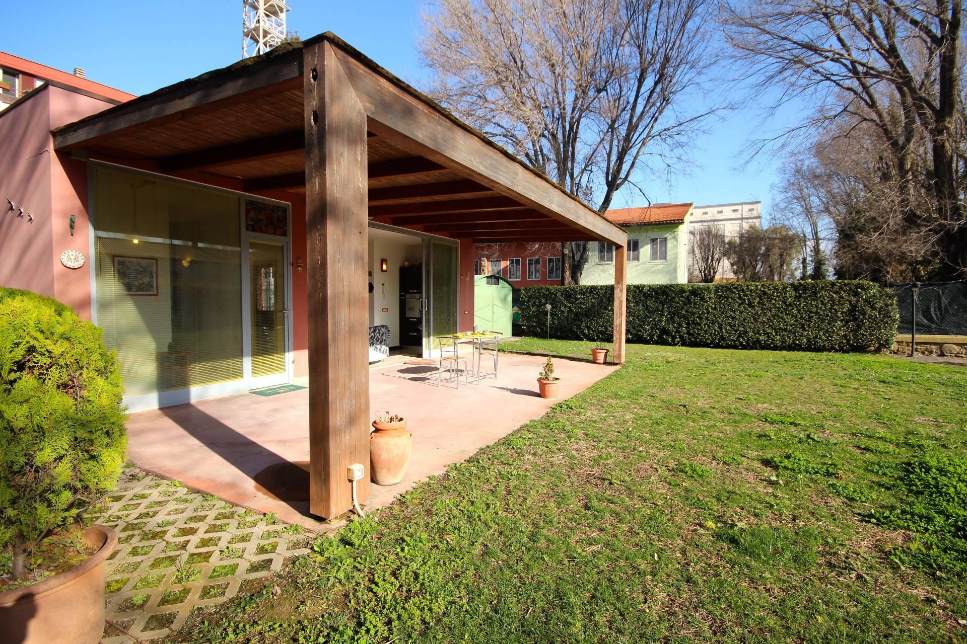 Soluzione Indipendente in vendita a Orbetello, 4 locali, zona Zona: Albinia, prezzo € 230.000 | Cambio Casa.it