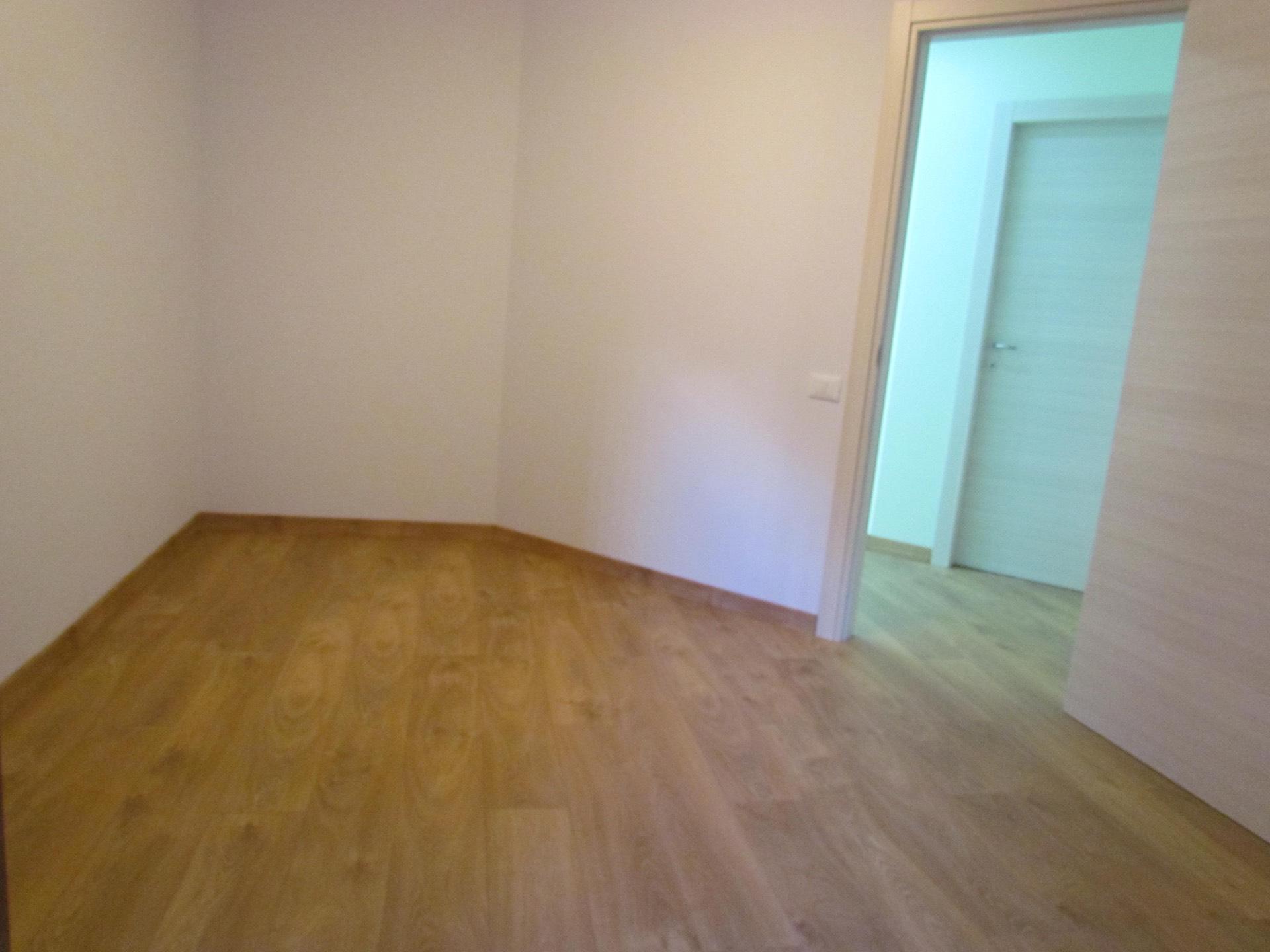 Ufficio / Studio in affitto a Palermo, 9999 locali, zona Zona: Notarbartolo, prezzo € 680   CambioCasa.it