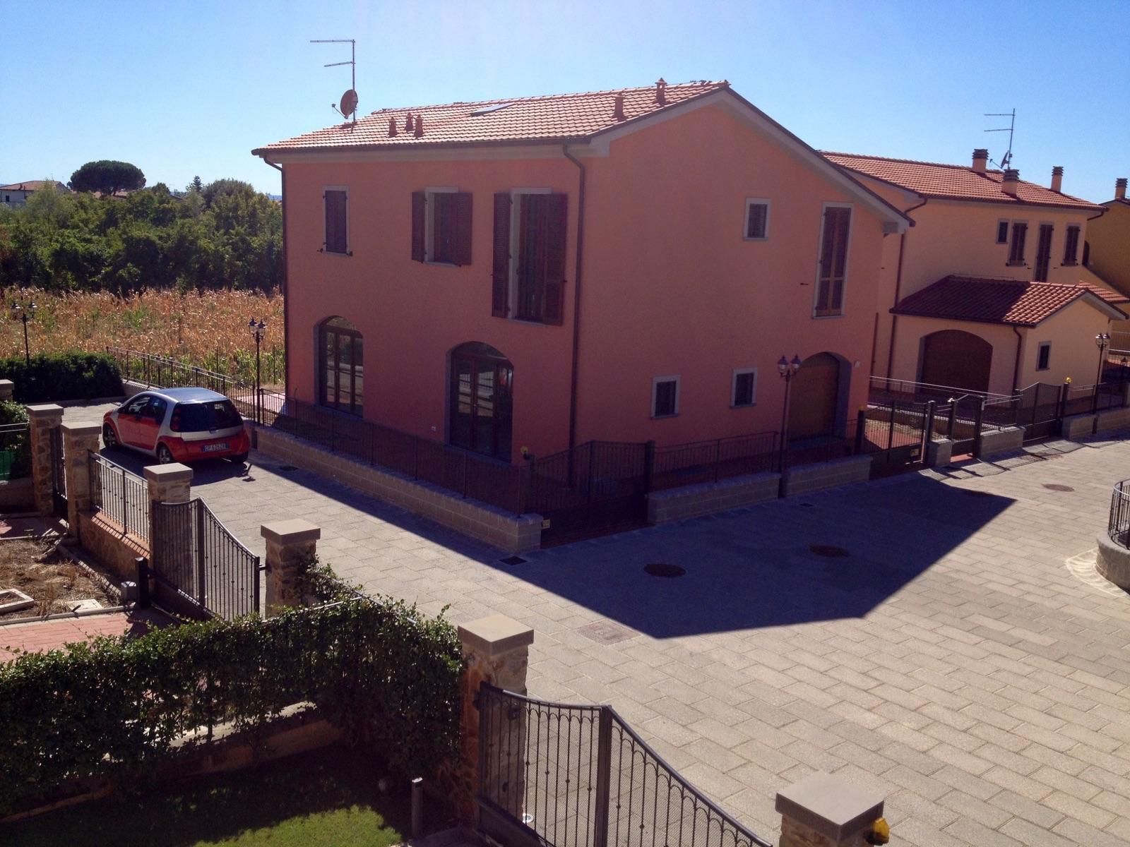 Villa in vendita a Castiglion Fiorentino, 11 locali, prezzo € 375.000 | CambioCasa.it