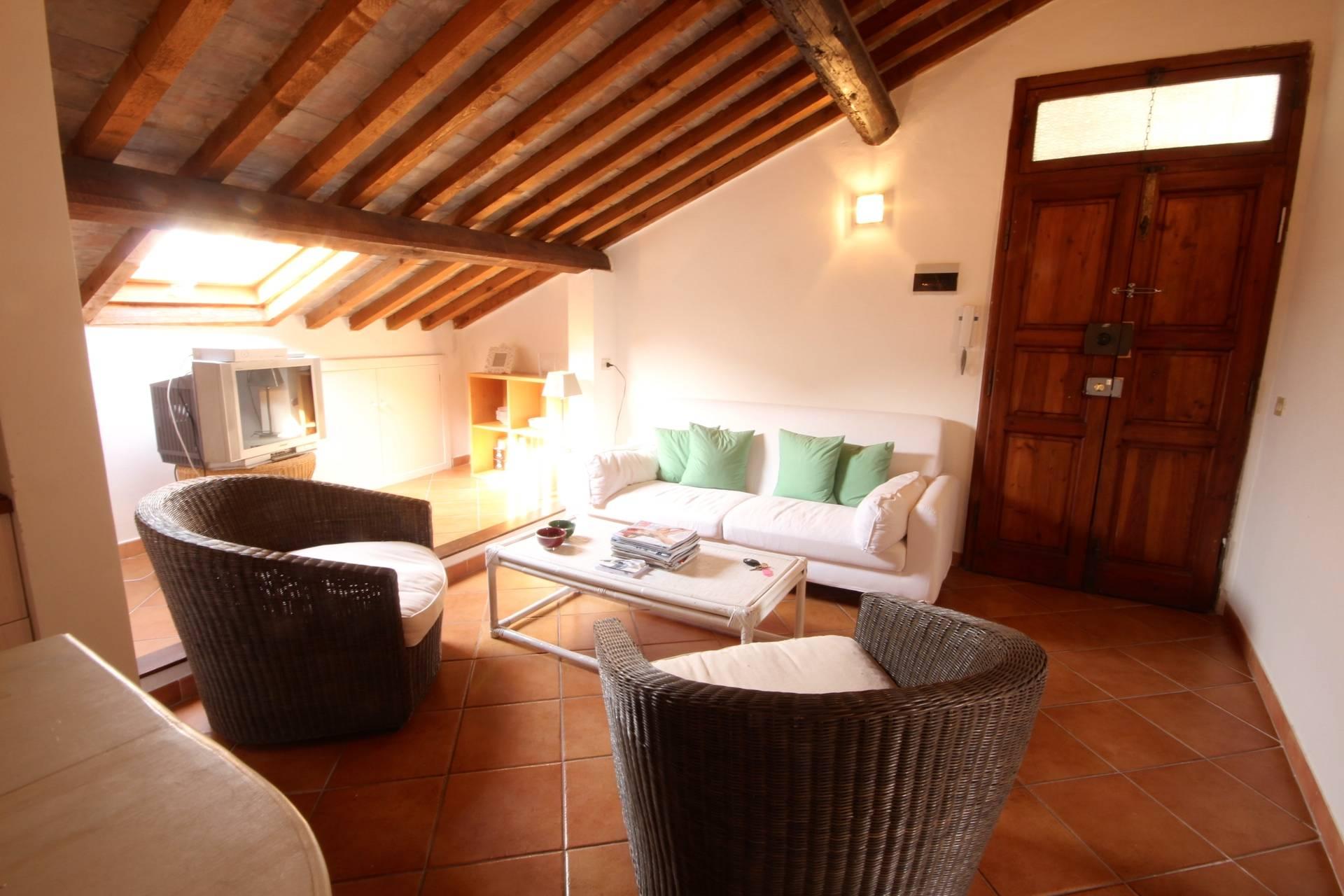 Appartamento in vendita a Orbetello, 3 locali, zona Località: Centrostorico, prezzo € 250.000   Cambio Casa.it