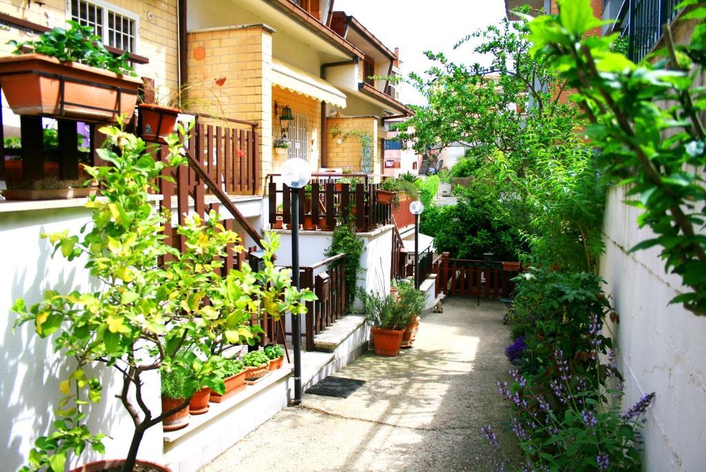 Bilocale Monterotondo Via A. Gramsci 1